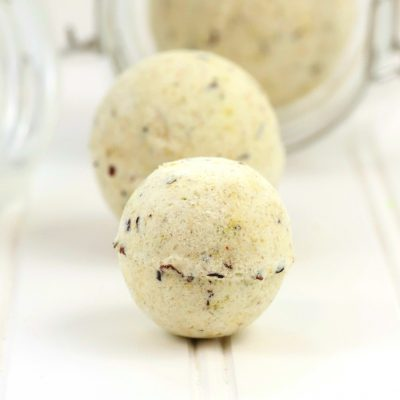 Dried Hibiscus and German Chamomile Bath Bombs Recipe