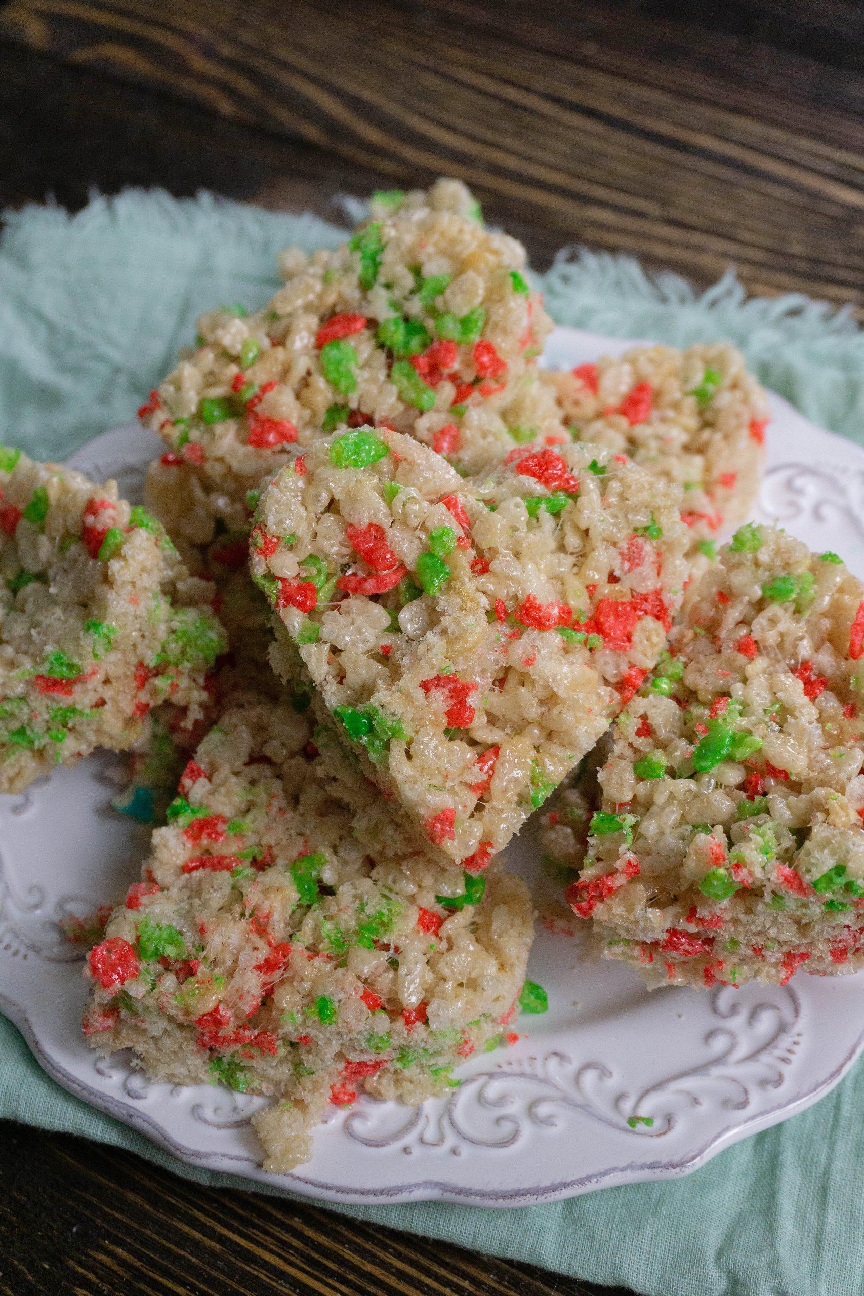 Heart shaped Rice Krispie Treats - Mrs Pinch